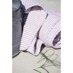 Quilt hvid med hindbærfarvede striber